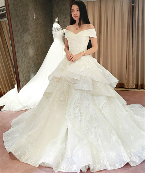 reliable wedding dress websites oasis amor fashion