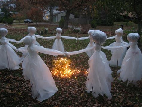awesome diy halloween outdoor decorations ideas