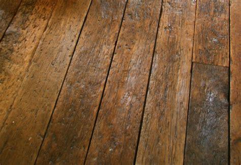 Distressed Gray Hardwood Floors - 5 hardwood flooring trends for 2015 gohaus