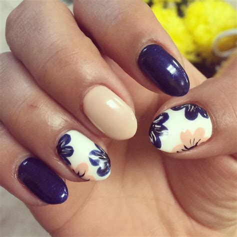 cool flower nail designs how you can do it at home