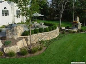 Raised Patio Design 25 Best Ideas About Raised Patio On Retaining Wall Patio Vege Garden Design And