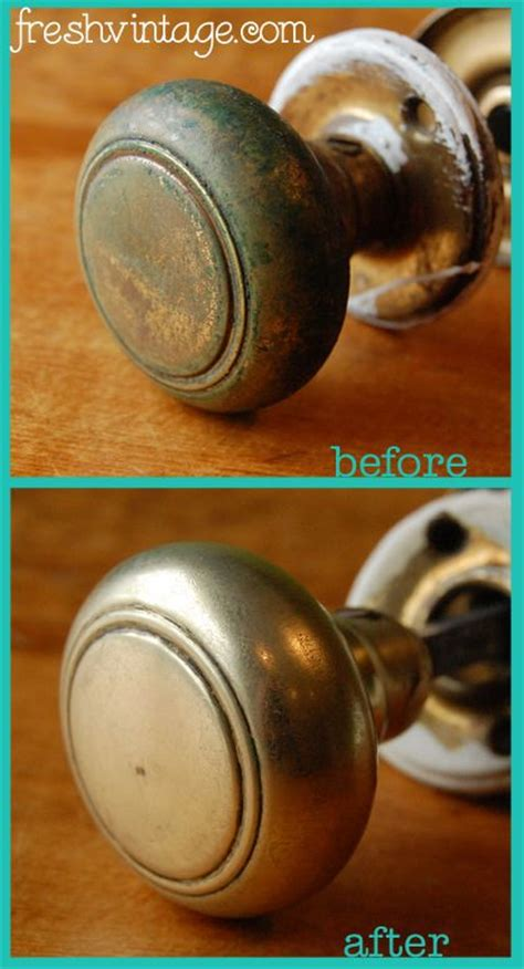 vintage door knobs and photos on