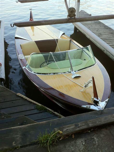 runabout boat wood century arabian 1958 19ft mahogany runabout wood boat