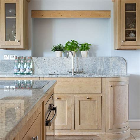 cerused oak kitchen cabinets how to limed oak kitchen cabinets quicua com