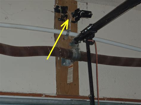 Overhead Door Sensor Is Safety Inconvenient 171 Interior 171 Ask The Virginia Home Inspector