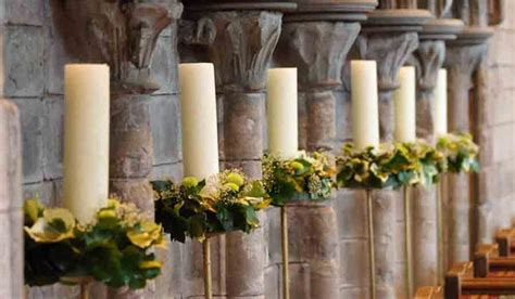 Wedding Aisle Candle Holders by Large Candle Holders With White Candles And Floral