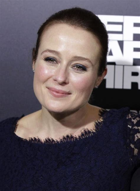 fifty shades of grey actress jennifer jennifer ehle to play mother of ana steele in fifty shades