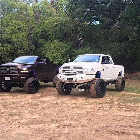 his and hers jeeps his and hers lifted trucks www pixshark com images