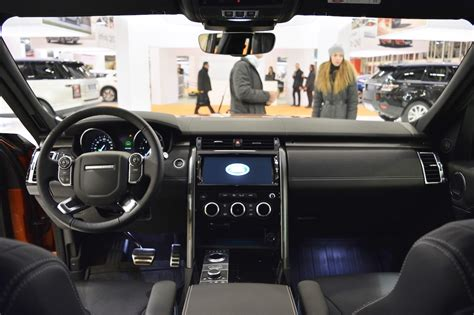 2016 land rover discovery interior 2017 land rover discovery interior dashboard at 2016