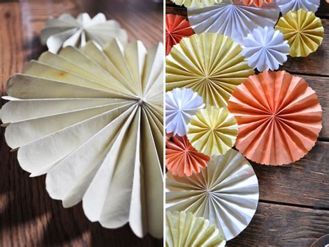 How To Make Paper Pinwheel Decorations - diy pinwheel table runner green wedding shoes