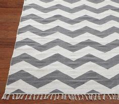 outfitters chevron rug 1000 ideas about grey chevron bedrooms on chevron bedrooms grey chevron and