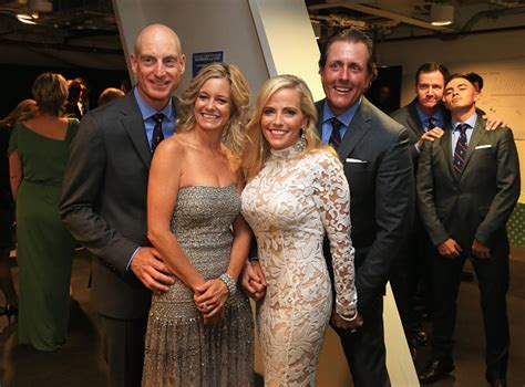 does swinging lead to divorce rickie fowler photobombs phil mickelson jim furyk and