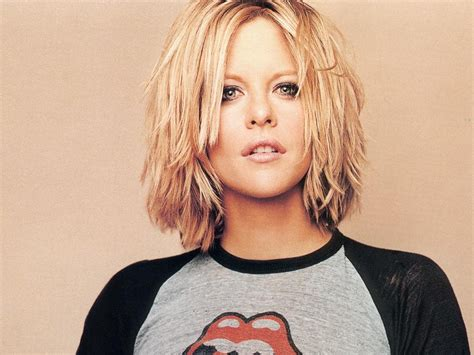 meg ryan s hairstyles over the years meg ryan cute hair hair pinterest