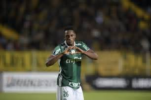 yerry mina yerry mina s uncle wants barcelona to sign palmeiras