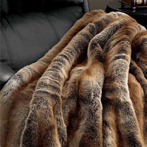 fellimitat decke coyote faux fur throw blanket throws pillow fabulous