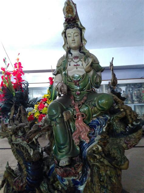 Pajangan Dewa Dewi jual patung dewi kwan im dhammamanggala