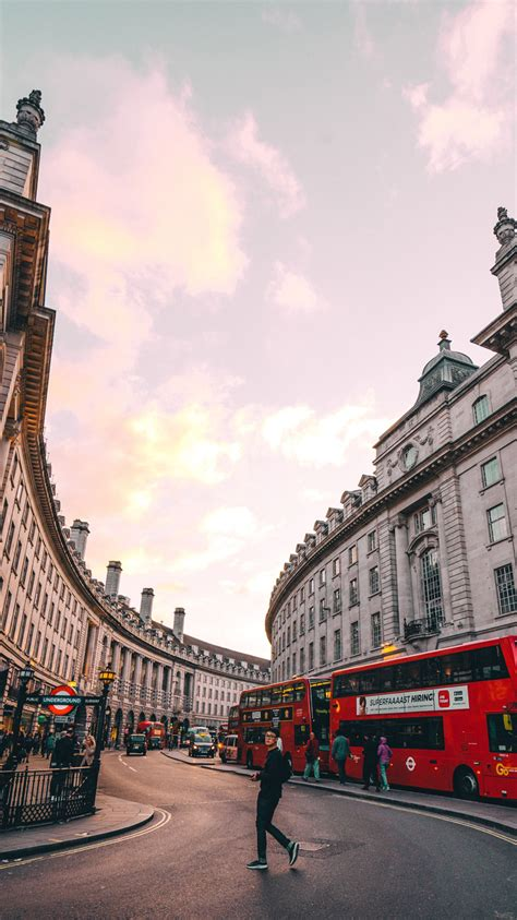 iphone wallpaper hd london download 23 free hd phone wallpaper photos with a london theme