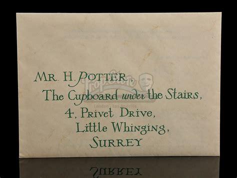 Hogwarts Acceptance Letter Prop Harry Potter And The Philosopher S 2001 Harry Potter S Daniel Radcliffe Hogwarts