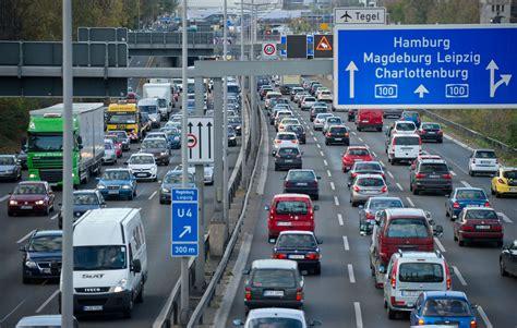 lallemagne fera payer en  lusage de ses autoroutes