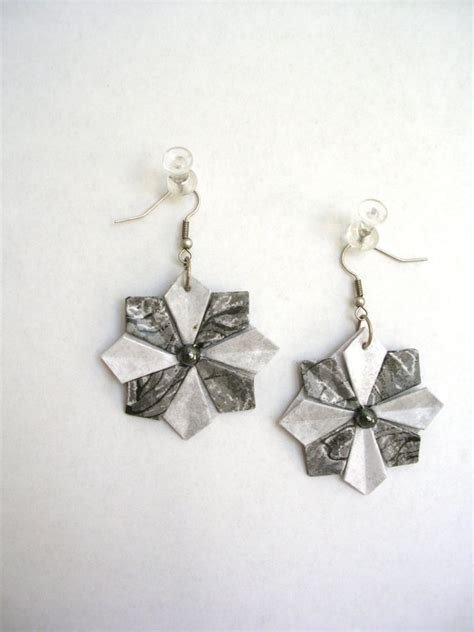 How To Make Paper Earrings - paper earrings tutorial www imgkid the image kid