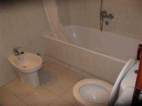 how to clean hotel bathroom hotel haromar calella picture of haromar hotel calella