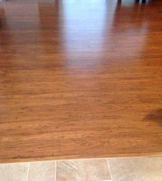 Water Damage Laminate Floors   Signs, Repairing