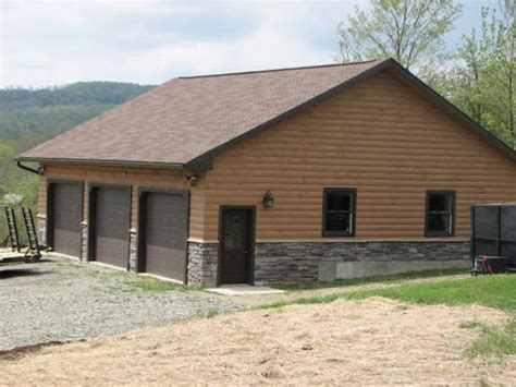 How Big Is A 3 Car Garage | 3 car garages here is a custom log cabin style 3