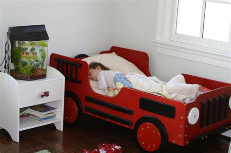 truck toddler bed best fire truck toddler bed mygreenatl bunk beds