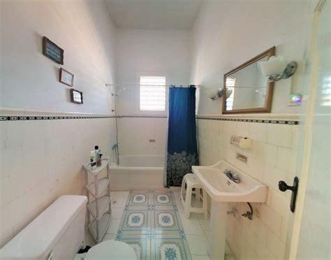 rent bathroom casa particular garcia 2 bedrooms in vedado havana