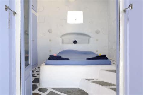 da letto in muratura ville agia irini paros grecia