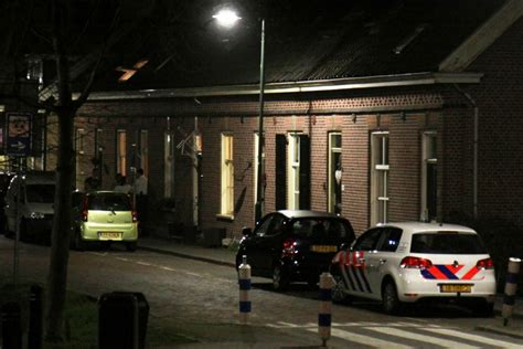huis verhuren aan je kind politie sust ruzie bij woning aan veerdam in kinderdijk