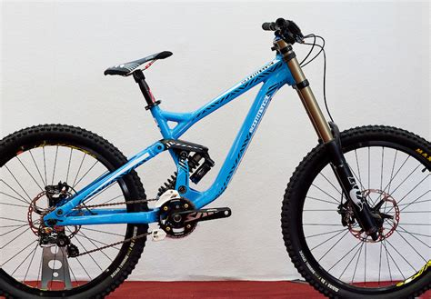 commencal supreme dh 2011 commencal supreme dh prototype eurobike 2010 by