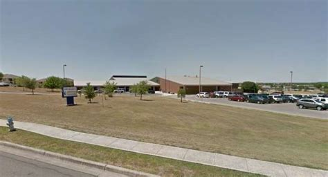 Garden Ridge Elementary School Comal Isd New Braunfels Parents Allege Elementary School Locked