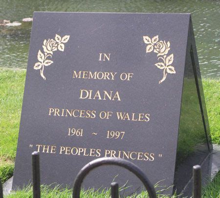 where is diana buried hrh the princess diana of wales burial site photos