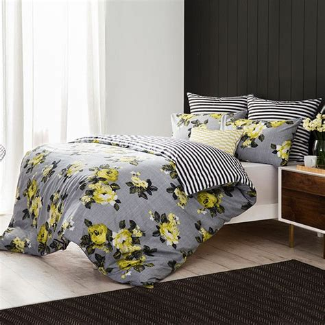 Yellow And Grey Bedroom » Home Design 2017