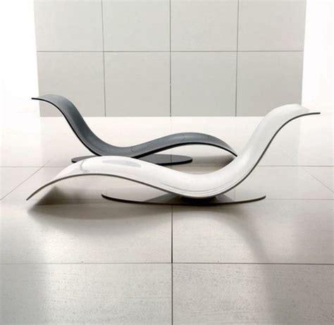 auf 3 sofas durch moskau die besten 10 ideen zu futuristische m 246 bel auf