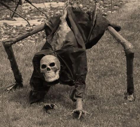 backyard skulls 31 creepy and cool halloween yard d 233 cor ideas digsdigs