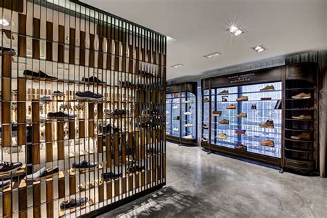 retail design showroom in wood skechers tr casual showroom by zemberek design istanbul