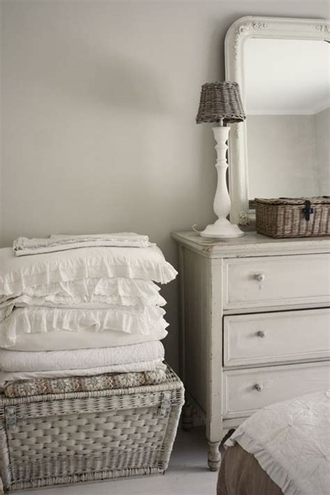 17 best ideas about linens on fabric sloan paint colors and