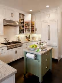 Small Kitchen Layout Ideas With Island 25 Best Ideas About Small Kitchen Islands On Pinterest