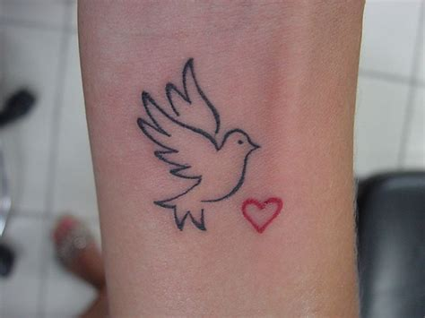 68 Small Dove Tattoos Ideas With Meaning Bird Outline Wrist
