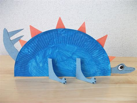 Paper Dinosaur Craft - paper plate stegosaurus dinosaur craft preschool crafts