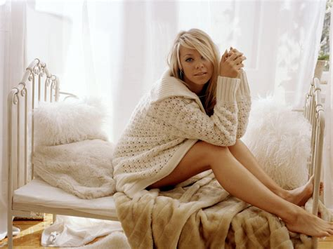 babes in bed blonde in bed wallpapers and images wallpapers pictures