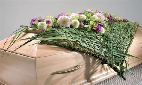 donders b bloem rouwbloemstukken google zoeken bloemen loes
