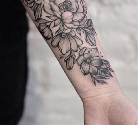 tatuaggi fiori polso tatuaggi braccio 50 idee per realizzare il tuo sapevatelo