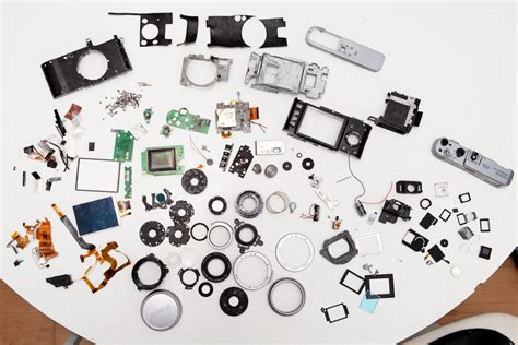 appart of taking apart the fuji x100 digital camera