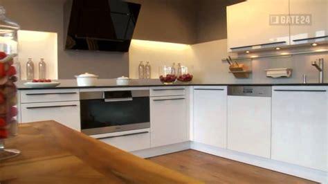 günstige l form küchen wand streichen mit besen