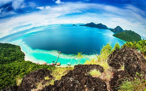pulau  malaysia  tak kurang cantiknya berbanding