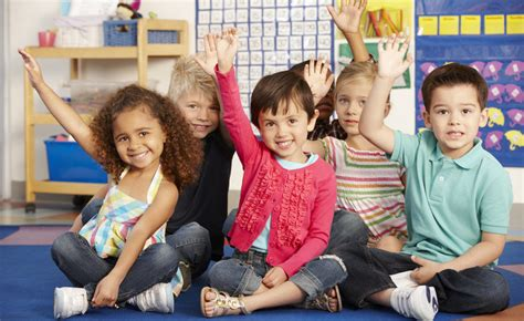 child asking adult questions 4 questions to ask when choosing a preschool for the first