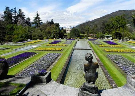 giardini terrazzati primavera a villa taranto sul lago maggiore la darbia